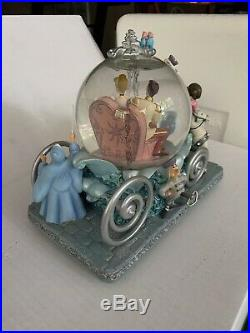 Disney Cinderella Musical Snowglobe Carriage Prince Charming 50th Anniversary