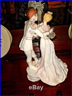 Vintage Cinderella & Prince Charming Figurine by Florence Ceramics Stunning