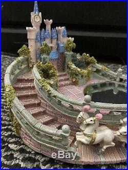 Vintage Disney Dancing Cinderella And Prince Charming Music Box Castle