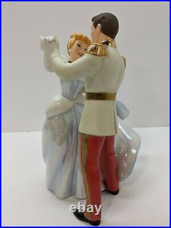 WALT DISNEY Classics Collection Cinderella and Prince Charming So This is Love