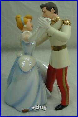 WALT DISNEY WDCC SO THIS IS LOVE CINDERELLA PRINCE CHARMING FIGURINE DANCE WithBOX