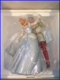 WDCC CINDERELLA AND PRINCE CHARMING SO THIS IS LOVE Box COA