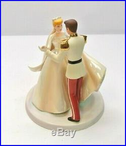 WDCC Cinderella & Prince Charming Cake Topper Happily Ever After + Box & COA