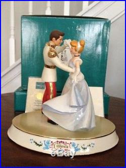 WDCC Cinderella & Prince Charming Dancing So This Is Love With Rare Base