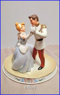 WDCC Cinderella Prince Charming So This Is Love Figurine Disney Classics Base