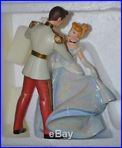 WDCC Disney Cinderella & Prince Charming So This is Love in Box with COA