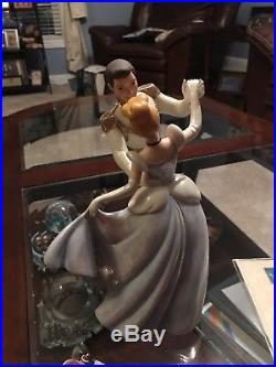 WDCC Disney Movie Cinderella and Prince Charming So This Is Love withBox COA