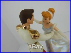 WDCC Disney Movie Cinderella and Prince Charming So This Is Love withBox COA 117