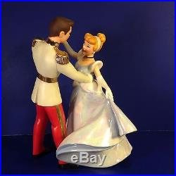 WDCC Disney SO THIS IS LOVE Cinderella & Prince Charming withbox & COA