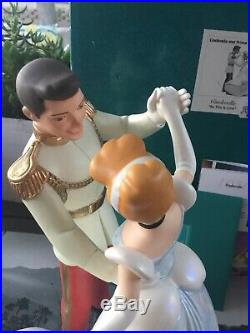 WDCC Disney's Cinderella and Prince Charming SCULPTURE MSRP $295 MIB BOX