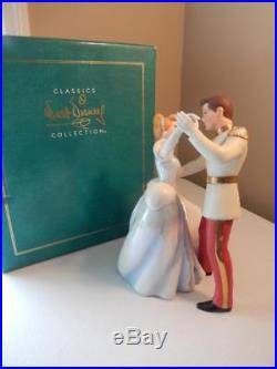WDCC (MINT) Cinderella and Prince Charming So This Is Love WITH COA
