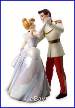 WDCC Prince Charming & CinderellaSo This is Love Disney Withbox And Coa
