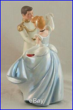 WDCC So This is Love Disney's Cinderella and Prince Charming in Box with COA