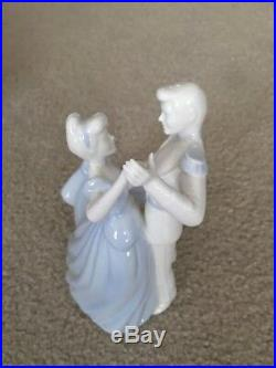 WEDGWOOD DISNEY CINDERELLA and PRINCE CHARMING MADE IN UK NEW IN BOX COA