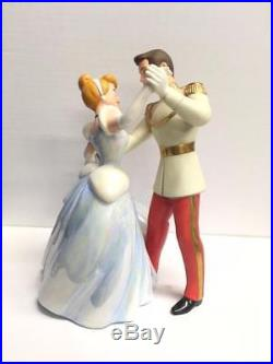 Walt Disney Classic Collection Cinderella and Prince Charming So This is Love