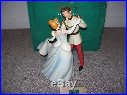 Walt Disney Classics Cinderella & Prince Charming So This Is Love New WithCOA